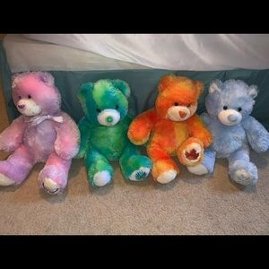 ***HALLOWEEN SALE*** 4 season build a bears